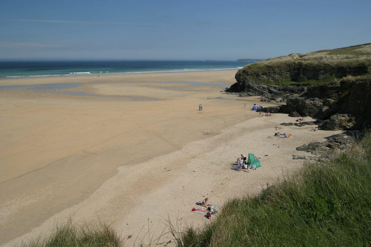 hayle sands holiday beach