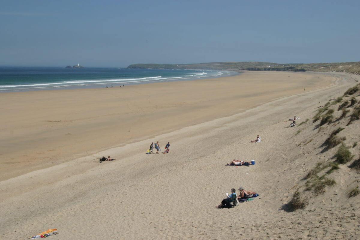 hayle beach